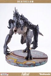 Fallout Deathclaw 1:4 Scale Statue